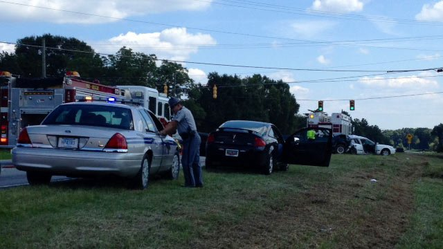 Troopers said one man died in a wreck on Augusta Road on Thursday. (Aug. 14, 2014/FOX Carolina)