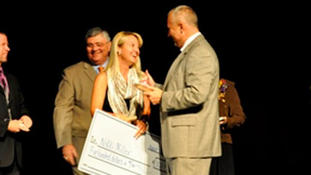 School District of Pickens County names teacher of year. (Aug. 15, 2014/SDPC)