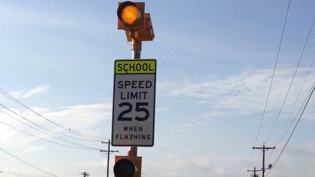 An Upstate school zone flashing sign. (Aug. 18, 2014/FOX Carolina)