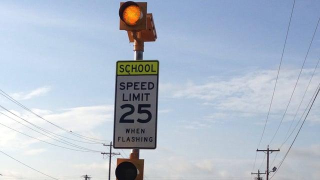 An Upstate school zone flashing sign. (Aug. 18, 2014/FOX Carolina)