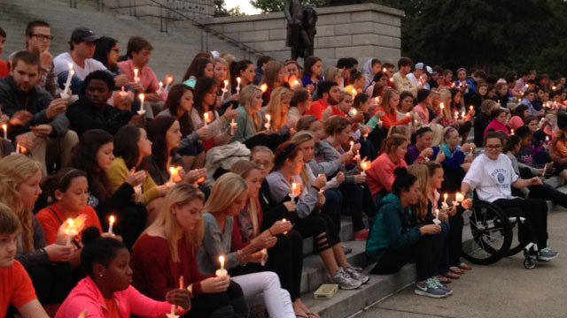 People gathered at the SC State House on Tuesday to hold a vigil for Hipps. (Sept. 23, 2014/FOX Carolina)