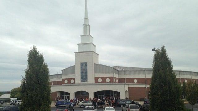 Thousands attend Tucker Hipps funeral in Easley. (Sept. 28, 2014/FOX Carolina)
