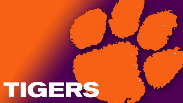 Clemson Football Suits Up In Preparation For 2014 Season