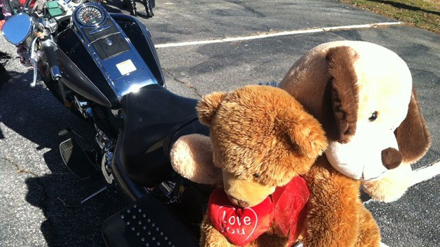 Hundreds Of Bikers Rode To Bring Toys To Children At The Julie Valentine  Center. (