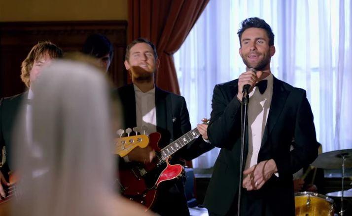 Maroon 5 crash weddings in video for 39 sugar 39 fox carolina 21 for Maroon 5 wedding video