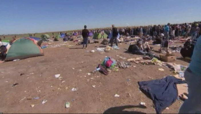 Syrian refugees fleeing conflict (CNN)