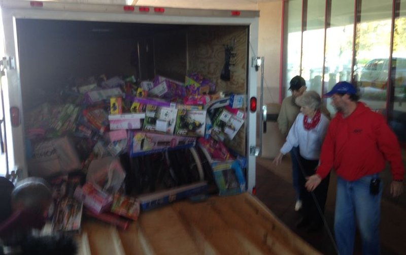 Toys For Trucks Greenville : Car enthusiasts donate k worth of toys to shriners