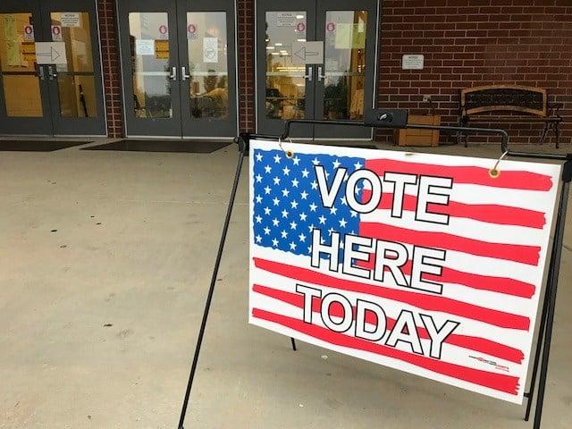 Voters cast their ballots and Landrum High School (FOX Carolina/ June 12, 2018)